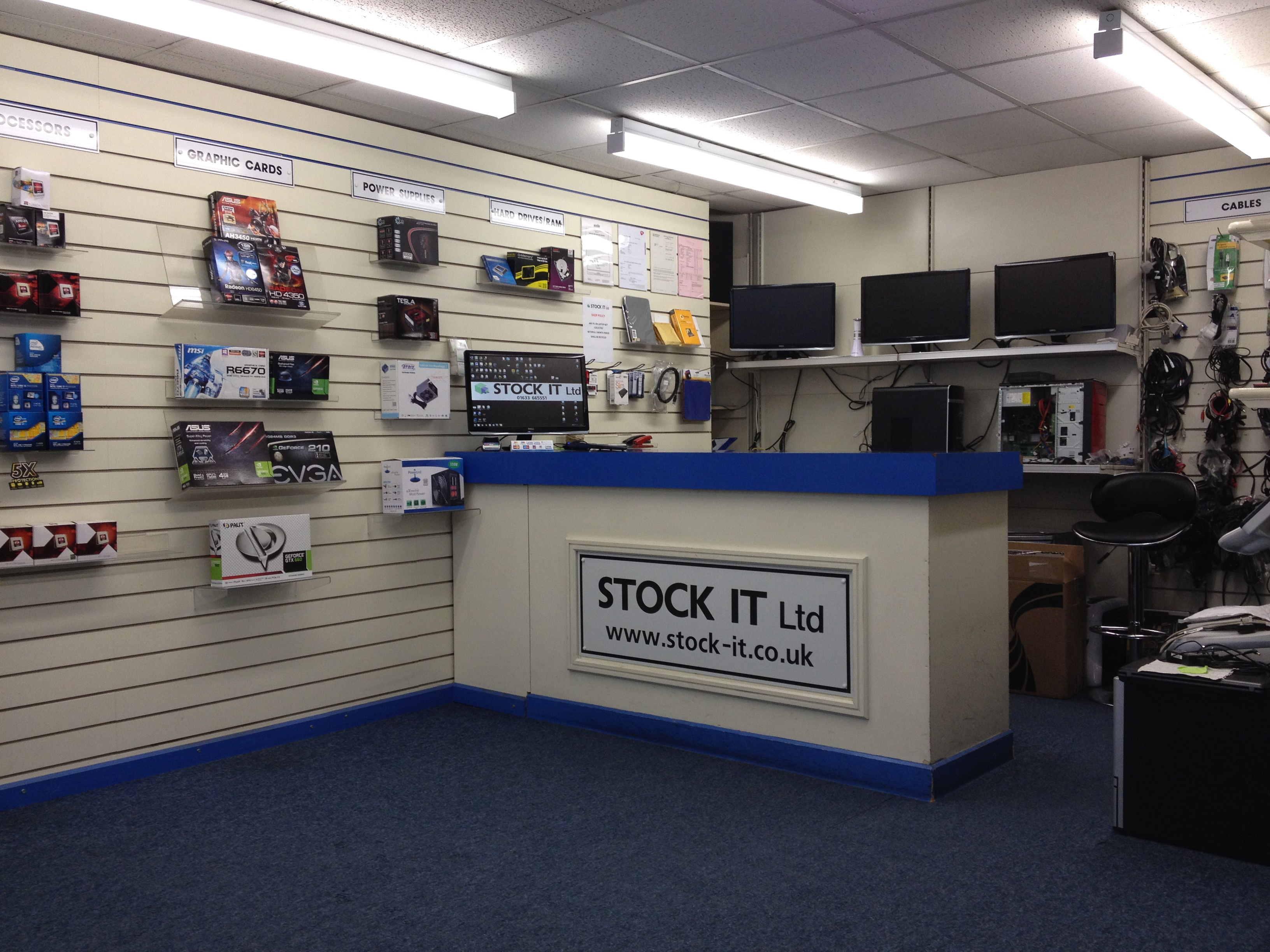 computer shop Overclockers uk is famous throughout the enthusiast pc community for its wide range of  featuring a blend of computer,  shop service contact us delivery.